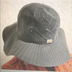 Calvin Klein Hat winter with Logo plate gray